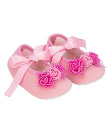 Daizy 3 Roses Ribbon Tie Booties - Pink