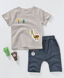 Kai Kai Giraffe Patch T-Shirt & Shorts Set - White & Grey