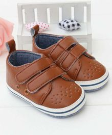 Little Hip Boutique Solid Strap On Shoes - Brown