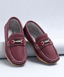 Cute Walk by Babyhug Designer Loafers - Maroon