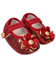 Daizy Flower Applique Velcro Closure Booties - Red