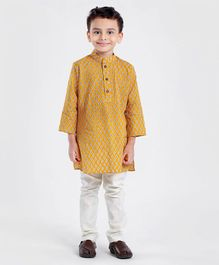 Exclusive from Jaipur Full Sleeves Kurta With Pajama Leaf Print - Yellow