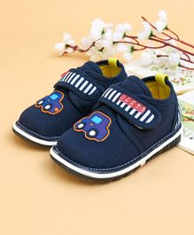 Cute Walk by Babyhug Casual Shoes Car Patch - Navy