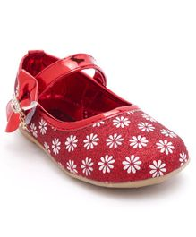 Cute Walk by Babyhug Bellies Floral Motif - Red