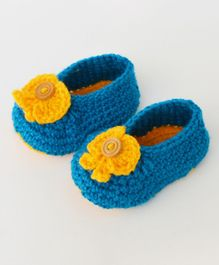 Love Crochet Art Bootiess With Flower Applique - Blue