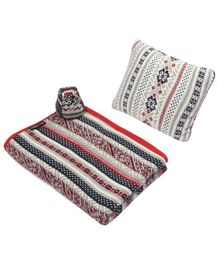 Wobbly Walk Cotton Reversible Blanket With Pillow & Toy  - Multi Colour