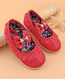 Cute Walk by Babyhug Bellies With Lace & Bow Embellishment - Red
