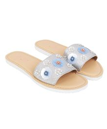 Aria+Nica Glitter Finish Flower Applique Slip-Ons - Silver