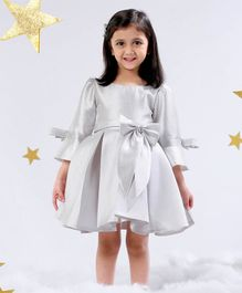 Mark & Mia Solid Three Fourth Sleeves Pleat Dress - Silver