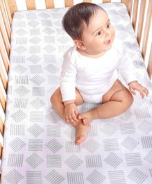 Kaarpas Premium Organic Cotton Muslin Fitted Cot Crib Sheet with Charming Patterns of Lines - Sage Green