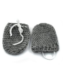 Magic Needles Solid Mittens - Grey