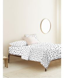 The Baby Atelier Organic Cotton Bed Sheet Star Print - Black & White