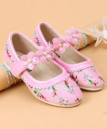 Cute Walk by Babyhug Printed Belly Shoes Floral Motif - Light Pink
