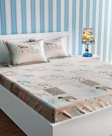 Urban Dream Cotton Bedsheet And Pillow Cover Pegasus Print - Beige