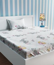 Urban Dream Bed Sheet With Pillow Cover Animal Print - White