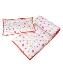 Wonder Wee Quilt & Pillow Set Multi Print - White Red