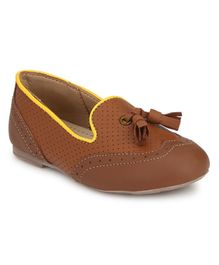 Tuskey Tassel Work Perforated Bellies - Brown