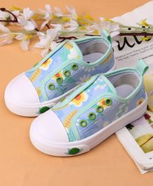 Cute Walk by Babyhug Casual Shoes Floral Print - Green