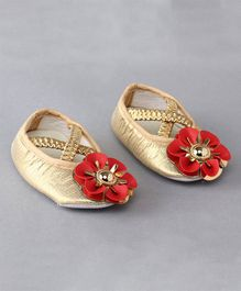 Daizy Flower Applique Booties - Golden