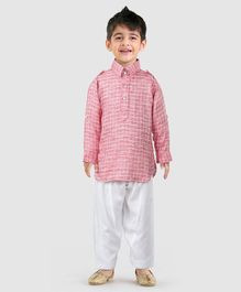 1a1096d8f Ethnik s Neu Ron Full Sleeves Checked Kurta   Pyjama Set - Coral