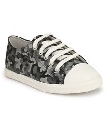 Tuskey Camouflage Print Lace Up Shoes - Grey