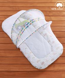 Babyhug Premium Gadda Set With Mosquito Net Transport Theme - Multicolor