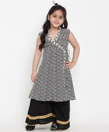 Bitiya By Bhama Sleeveless Printed Kurta & Pallazo Set - Black