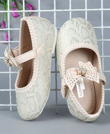 Cute Walk by Babyhug Pearl Embellished Bellies - Cream
