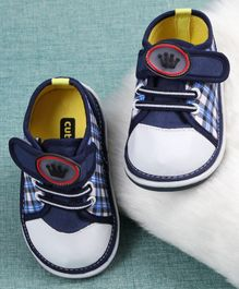 Cute Walk By Babyhug Casual Shoes Crown Design - Blue