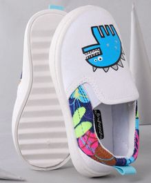 Cute Walk by Babyhug Casual Shoes Monster Print - White