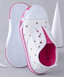 5b89c58e2 Kids Footwear - Buy Baby Booties, Boys Shoes, Girls Sandals Online India