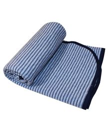 Kadambaby Quilted Cotton Stripe Blanket - Blue