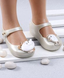 Mini Sed Teacup Decorated Rain Sandals - Pearl White