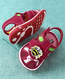 Cute Walk by Babyhug Sandals Honey Bee Patch - Red