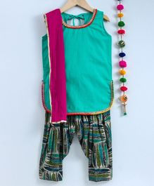 Kidcetra Sleeveless Kurta With Leaves Printed Salwar & Contrast Dupatta - Blue & Green