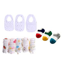 Mom's Home Organic Cotton Muslin Cloths & Socks With Bibs - Multicolour (Design May Vary)