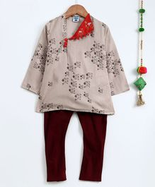 Cute Couture Giraffe Print Full Sleeves Kurta & Pajama Set - Beige & Maroon