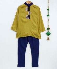 Cute Couture Full Sleeves Patch Detailing Kurta & Pajama Set - Green & Navy Blue