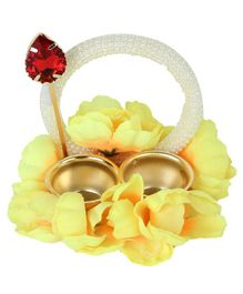 Passion Petals Tika Thali With Stick To Apply Tika - Yellow