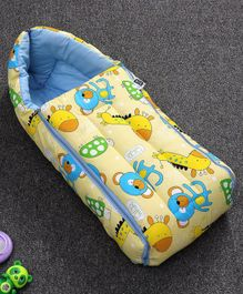 Zoe Sleeping Bag Giraffe & Monkey Print - Yellow