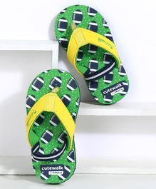 Cute Walk by Babyhug Flip Flops Ball Print - Green