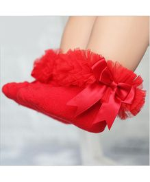 Flaunt Chic Ruffled Ankle Socks  - Red