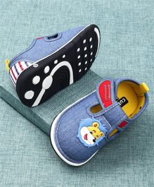 Cute Walk by Babyhug Canvas Shoes Lion Patch - Blue