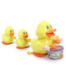 Musical Mamma Duck With Ducklings - Yellow