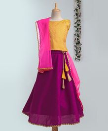 Meringue Sleeveless Brocade Choli With Lehenga & Dupatta Set - Yellow & Purple