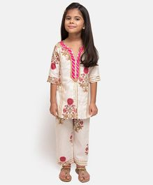 Fairies Forever Flower Printed Three Fourth Sleeves Kurta With Pants - White