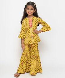 Fairies Forever Flower Printed Three Fourth Sleeves Kurta With Sharara - Yellow