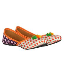 Buckled Up Double Shade Flower Print Mojari - Orange & Blue
