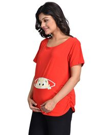 Mommy Cuddle Baby Peeping Print Half Sleeves Maternity Top - Red
