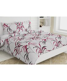 Haus & Kinder Cotton King Size Bedsheet 2 Pillow Covers Autumn Leaves Print - Pink